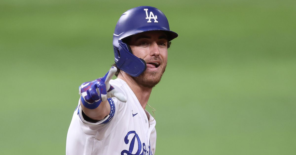 Cody Bellinger cranks two-run homer, celebrates with foot tap, gives Dodgers 2-0 lead over Rays