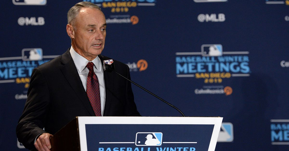 MLB cancels owners' meeting and winter meetings